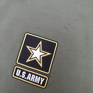U.S. Army Tops - US ARMY shirt!!😱